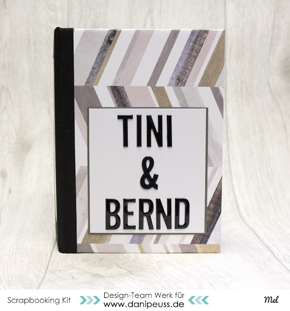 Minibook Scrapbook Wedding