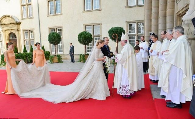 article 2220578 1597D375000005DC 922 964x593 - Casamento Real - Príncipe Guillaume do Luxemburgo ♥ Condessa Stéphanie de Lannoy