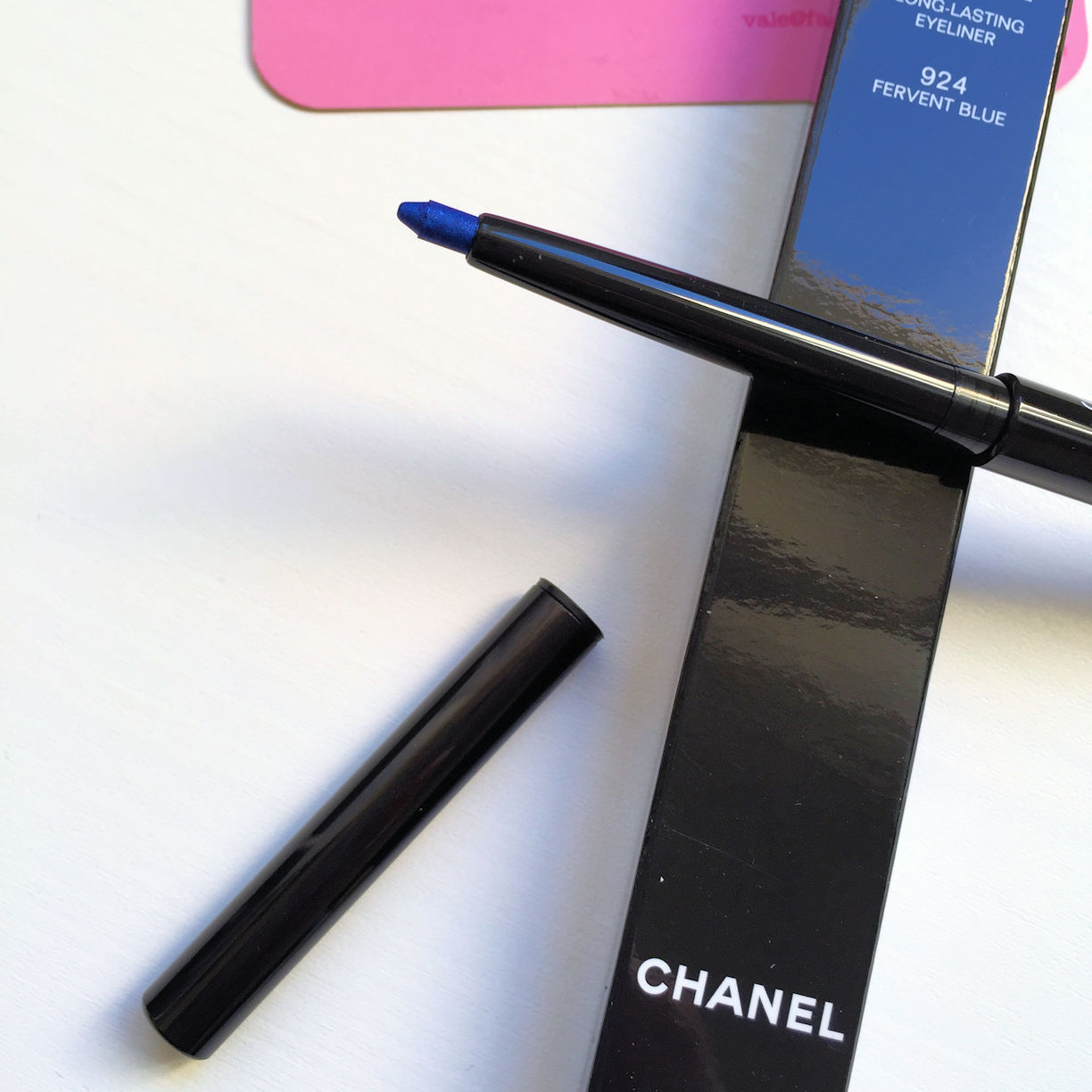 Chanel Stylo Yeux Waterproof in fervent blue from Chanel LA Sunrise collection on Fashion and Cookies fashion and beauty blog, beauty blogger
