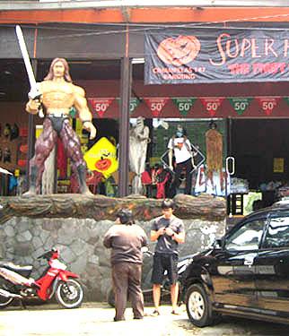 Sepatu wanita murah Bandung di Jalan Cihampelas