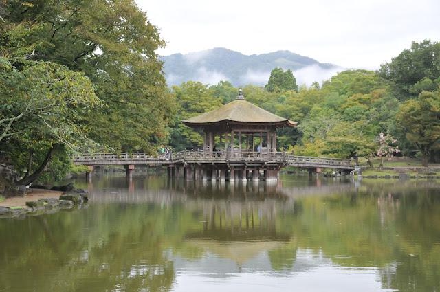 奈良公園浮見堂清掃活動