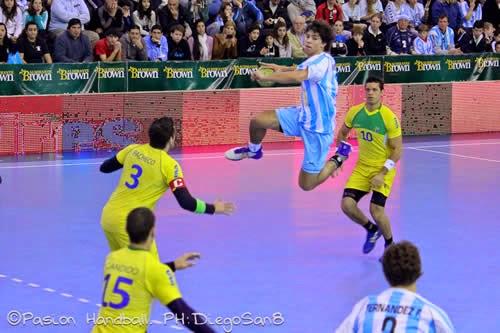 Diego Simonet lesionado y ante cargada agenda | Mundo Handball