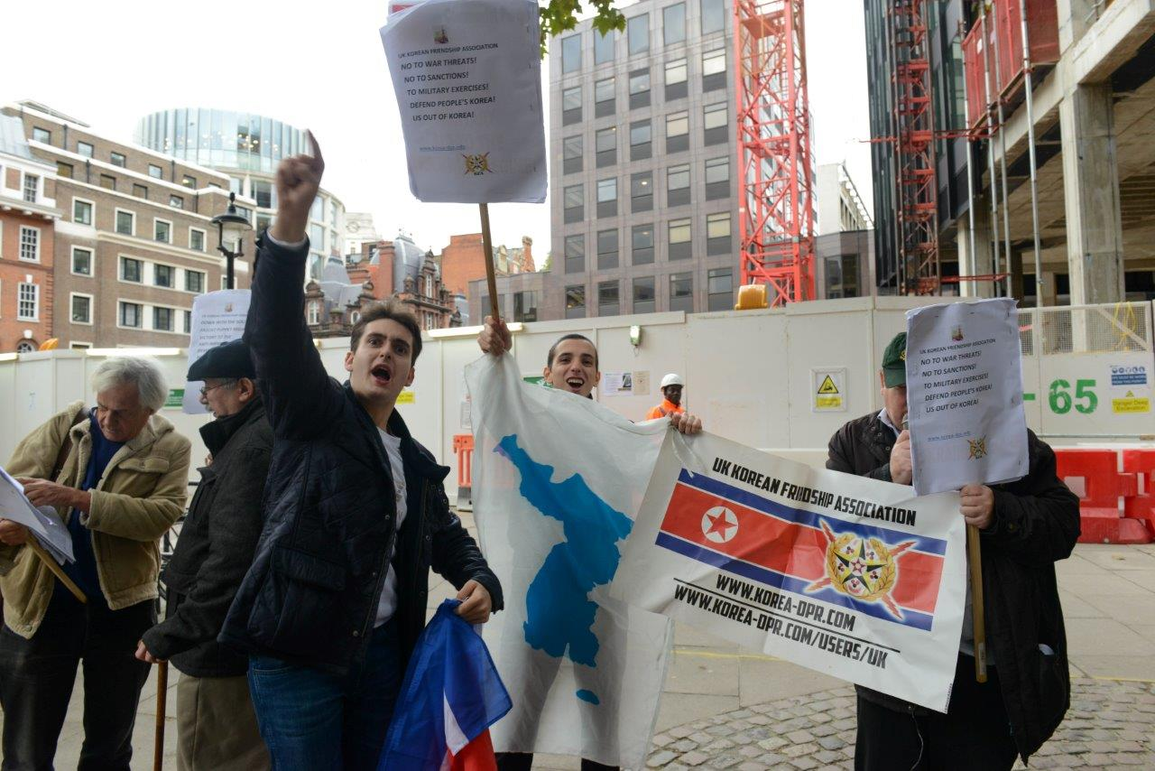 Anglo peoples korea songun uk kfa pickets of the us for Puppet consul
