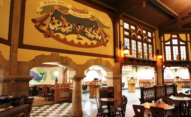 Restaurante Pinocchio Village Haus | Disney Magic Kingdom
