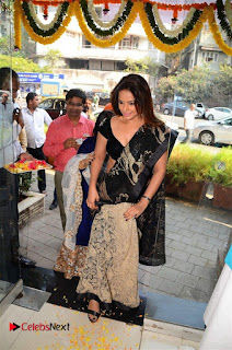 Actress Neetu Chandra Stills in Black Saree at Designer Sandhya Singh's Store Launch  0018.jpg