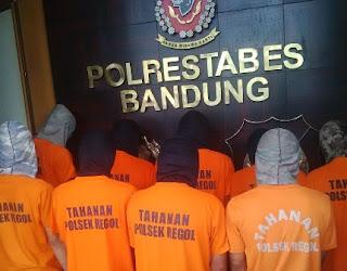 10 PKL Penyerang Markas Satpol PP