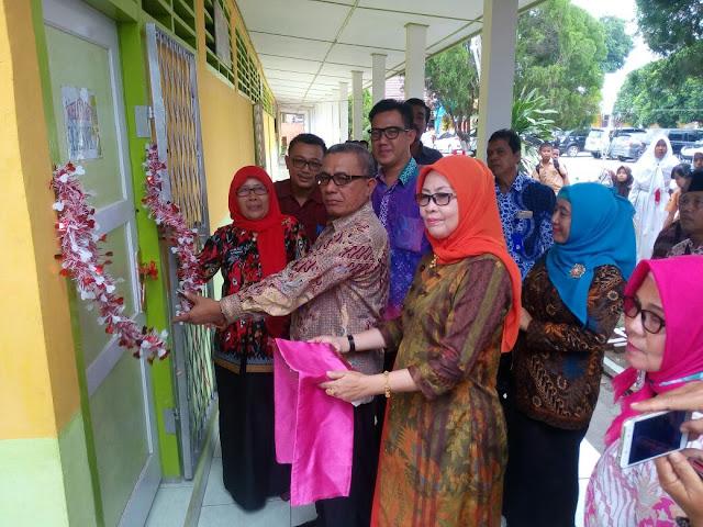 Kadisdik OI Resmikan Rehab Gedung SD/SMP