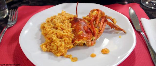 Plato de arroz con bogavante
