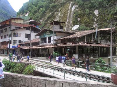 Estación de Aguas Calientes, Machu Picchu, Perú, La vuelta al mundo de Asun y Ricardo, round the world, mundoporlibre.com