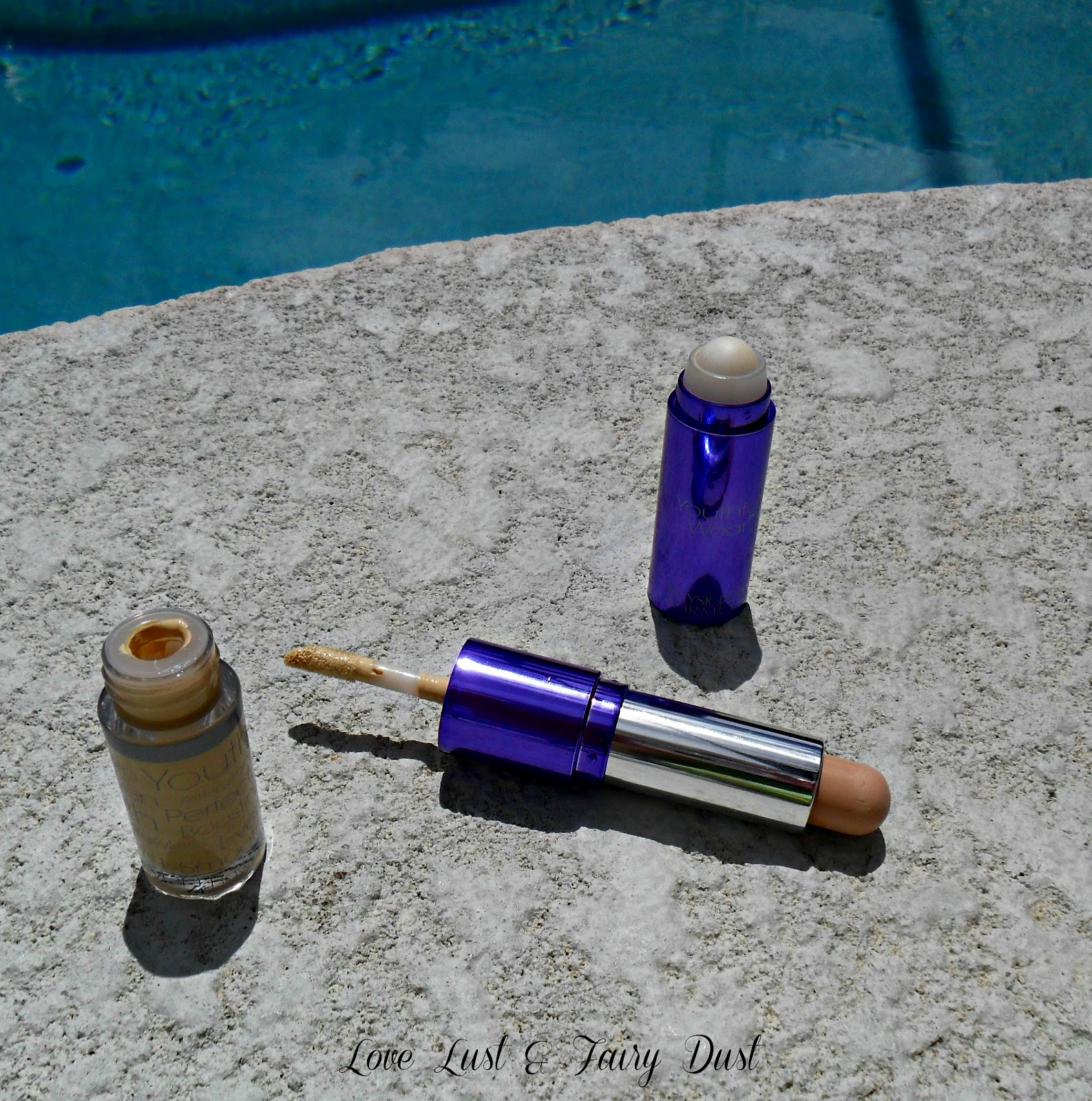 Physicians Formula Youthful Wear Cosmeceutical Youth Boosting Concealer