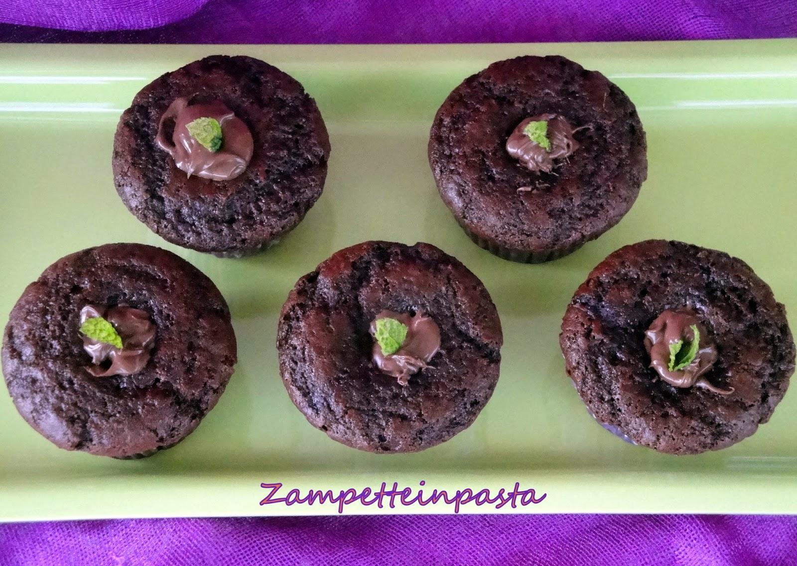 Muffin al cacao con fragole - Ricetta con le fragole