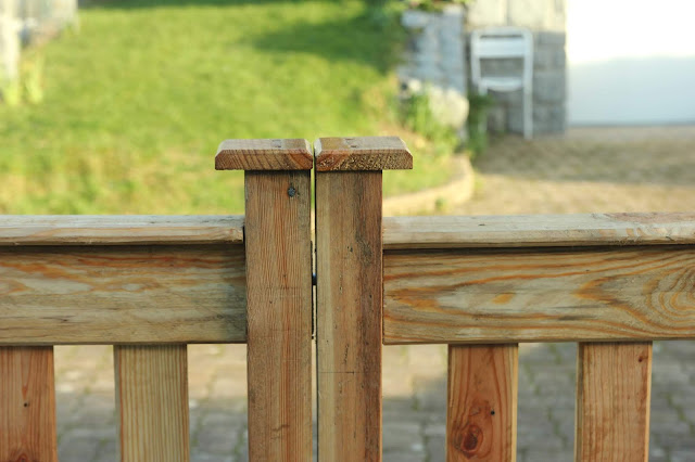 Pallet Wood Driveway Gates fitting weather protection