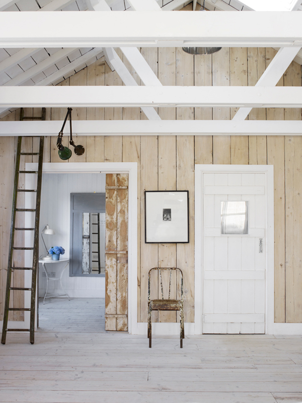PUNTXET Una casa de campo donde se respira puro relax #deco #decoracion #hogar #home #cottage #rustic #rustico #decoration #hall #recibidor