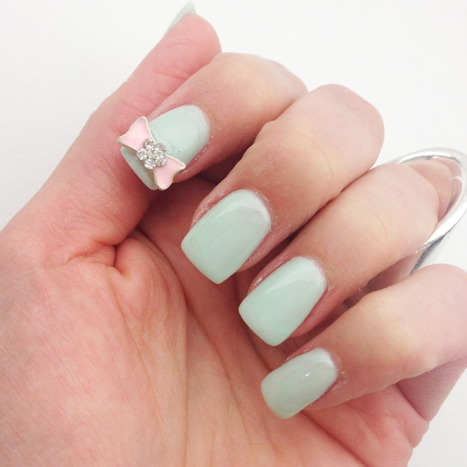 kandeej.com: Cute Bow Nails ...like an ice cream parlor!