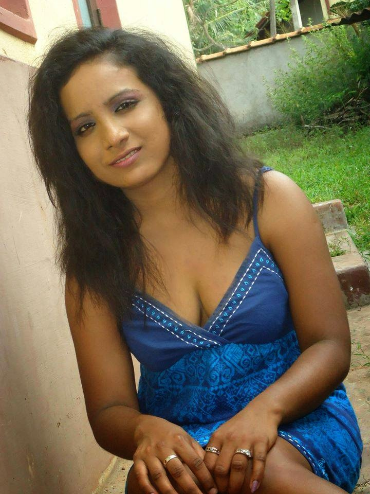 Sri Lankan Facebook Girls-6000