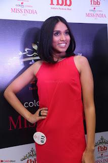 Spatika Surapaneni in Red Tight Dress at FBB Miss India 2017 finalists at Telangana auditions Feb 2017 (21).JPG