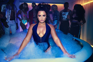 Download:Demi Lovato & Q-Tip – Don't Go Breaking My Heart