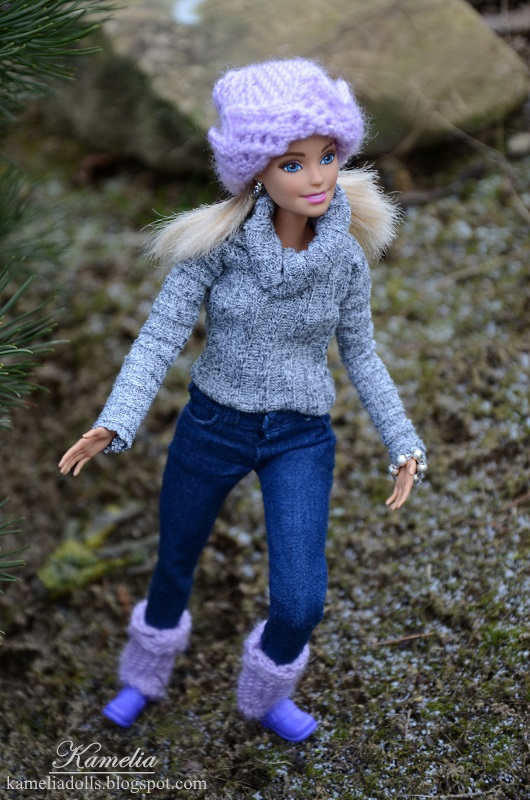 Handmade casual clothes for Barbie dolls.