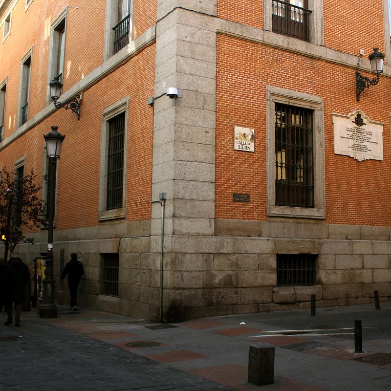 calle del leon barrio letras madrid