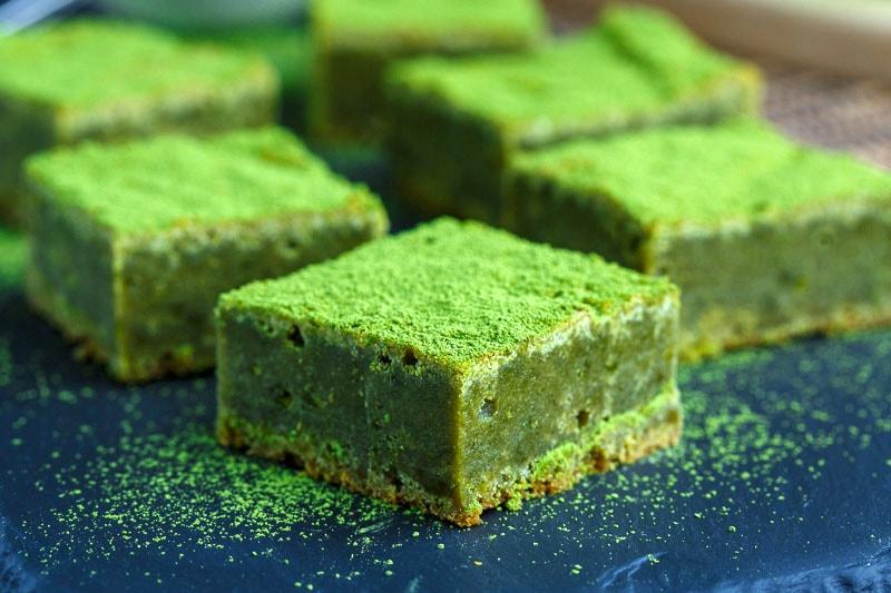 Matcha Green Tea White Chocolate Blondies