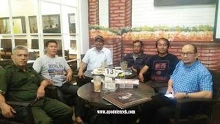 Hangout Bersama Teman SMP Di Bangi Kopi Tiam, Jl. Retawu Malang