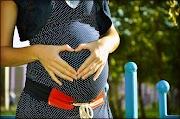 Sensasi pergerakan janin dalam kandungan ketika usia kehamilan berumur 4 bulan