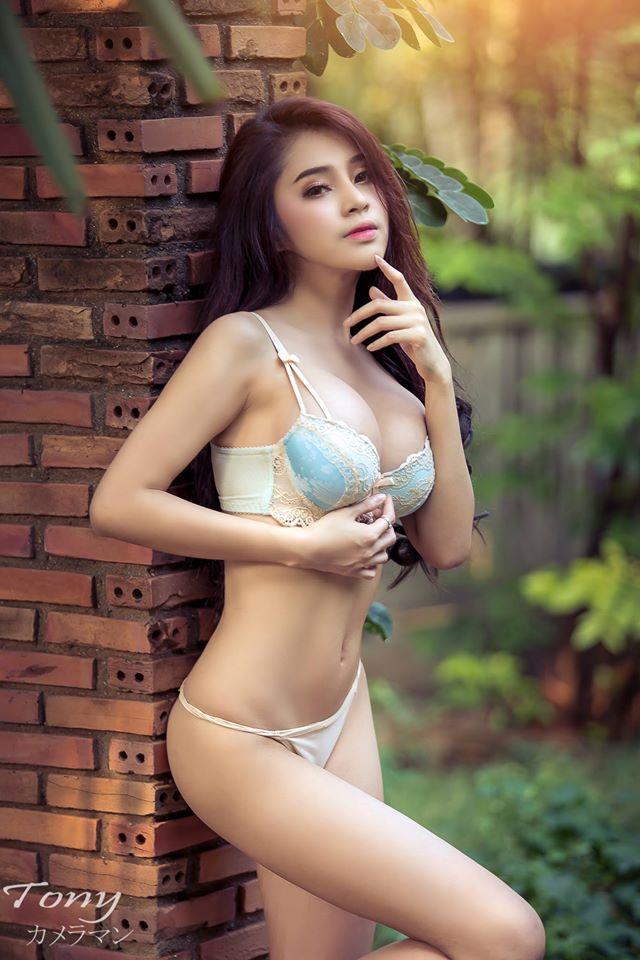 Big Sexy Girls Nude