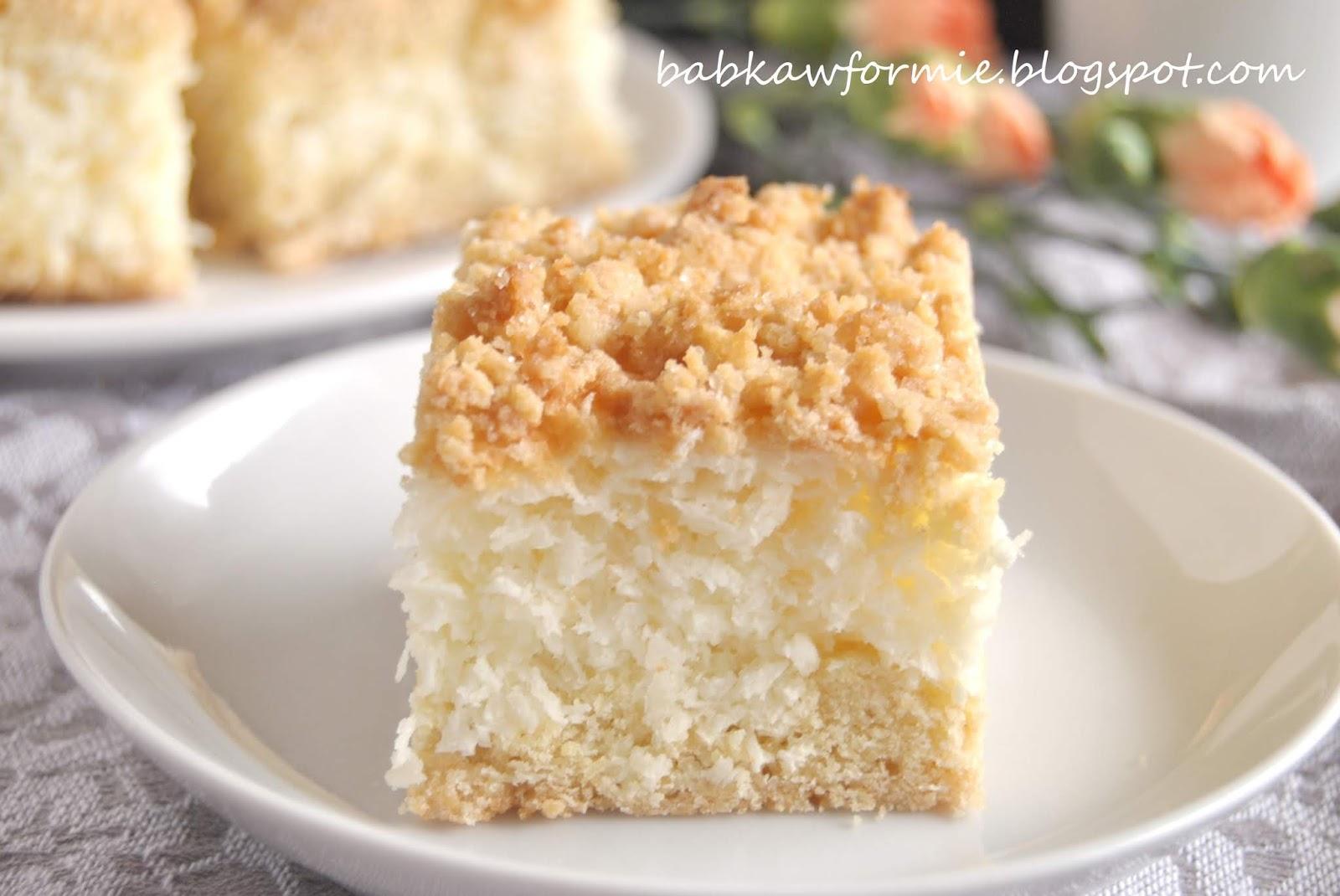ciasto kokosowo - jogurtowe z kruszonką babkawformie.blogspot.com