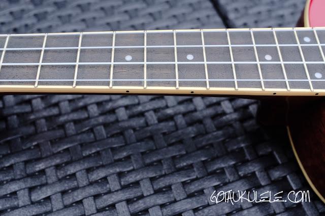 Fender Zuma Ukulele fingerboard