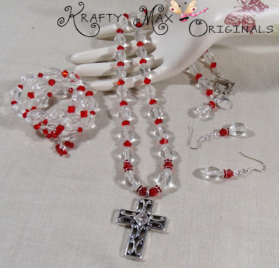http://www.lajuliet.com/index.php/2013-01-04-15-21-51/ad/crystal,91/exclusive-red-delight-3-piece-swarovski-crystal-and-glass-necklace-set-a-krafty-max-original-design,119#