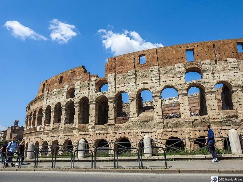 Exterior do Coliseu de Roma: como visitar