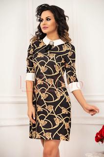 Rochie pentru femei plinute neagra cu imprimeu si brosa detasabila