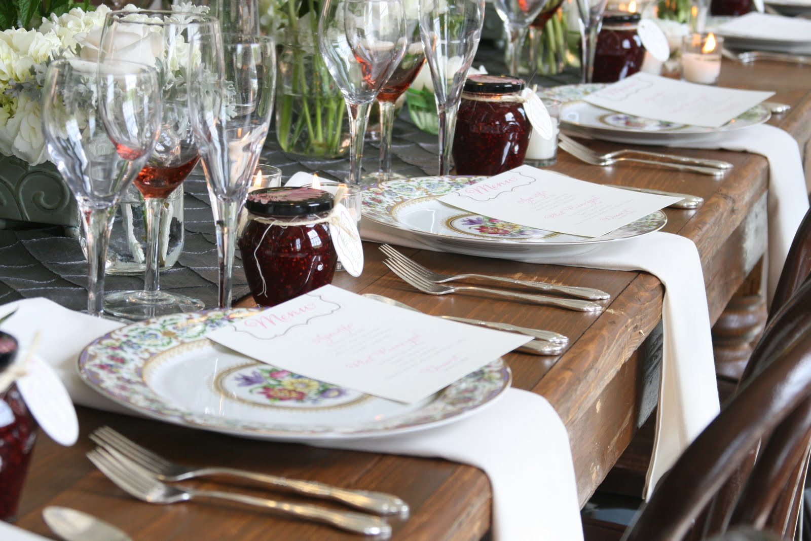Superbe Country Style Table Settings Loris Decoration