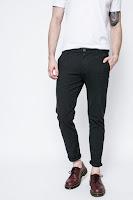 blugi-si-pantaloni-de-firma-barbati-9