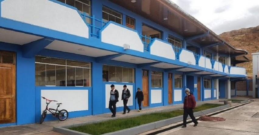 PRONIED entregará renovado colegio de secundaria para más de 200 jóvenes en la región Puno - www.pronied.gob.pe