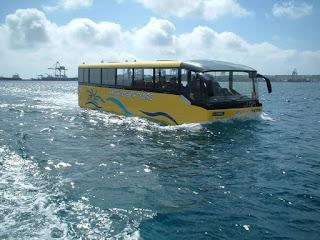 الحافلة البرمائية أو كما تسمى الحافلة المائية