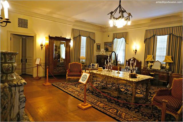 Dormitorio de los Monroe de la Mansión Rosecliff, Newport