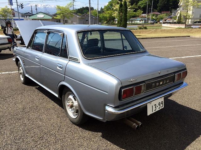 Honda 1300 99, stare auta, klasyki