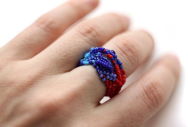 самые необычные кольца купить странные украшения из бисера