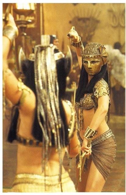 O retorno da Mumia, figurino cena luta