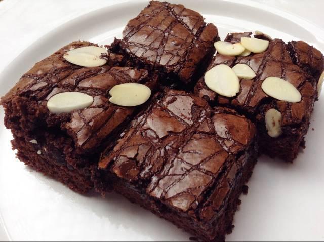 Resep Membuat Brownies Panggang Crunchy dan Lezat