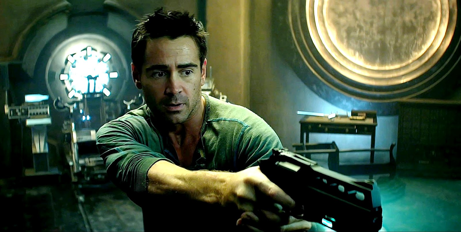 BADBOYS DELUXE: TOTAL RECALL: MOVIE REMAKE WITH COLIN FARRELL
