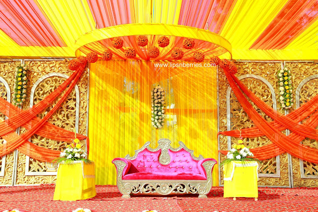 Yellow theme stage design
