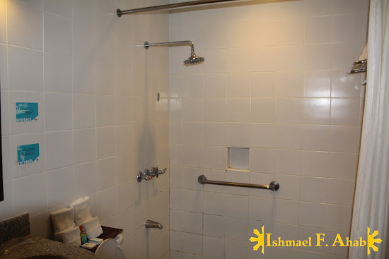 Shower in Microtel Palawan, Puerto Princesa