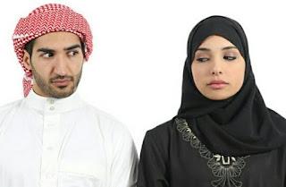 Istri Bukanlah Patung yang Tak Pernah Merasakan Jenuh. Suami Sebaiknya Jangan Mengganggu Saat Istri Melakukan Aktivitas Ini