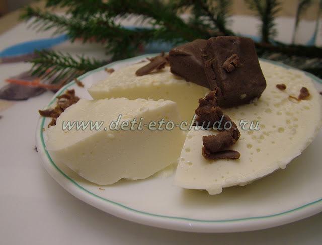 Молочный десерт на агаре с кэробом