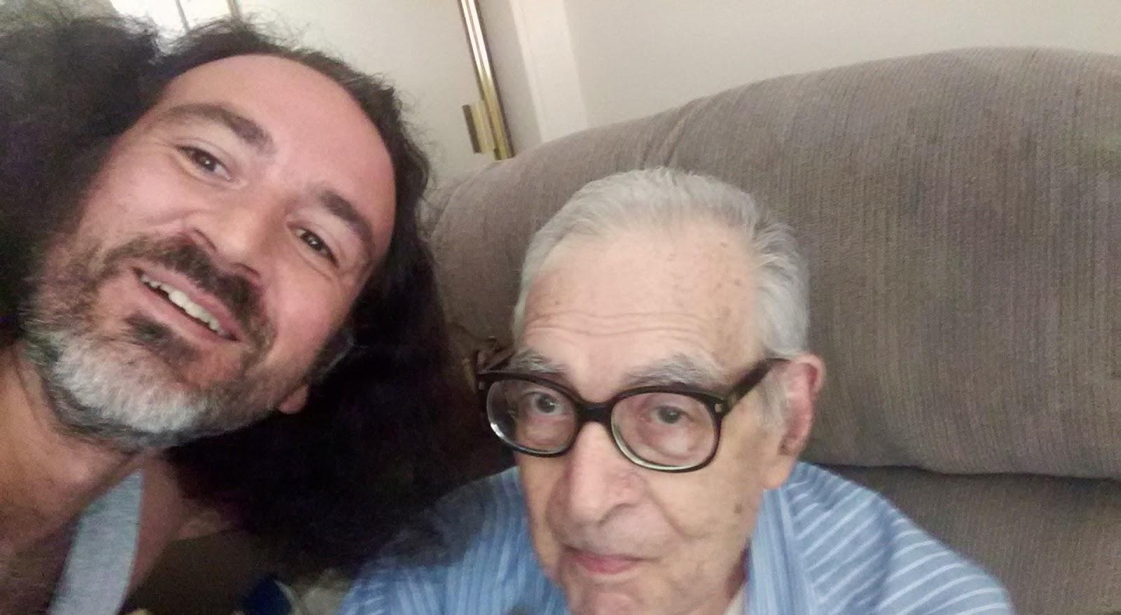 Rüyada Çok Yaşlı Bir Amca Evde Görmek