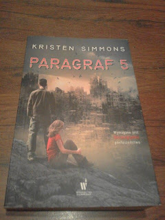 """Paragraf 5"" Kristen Simmons"