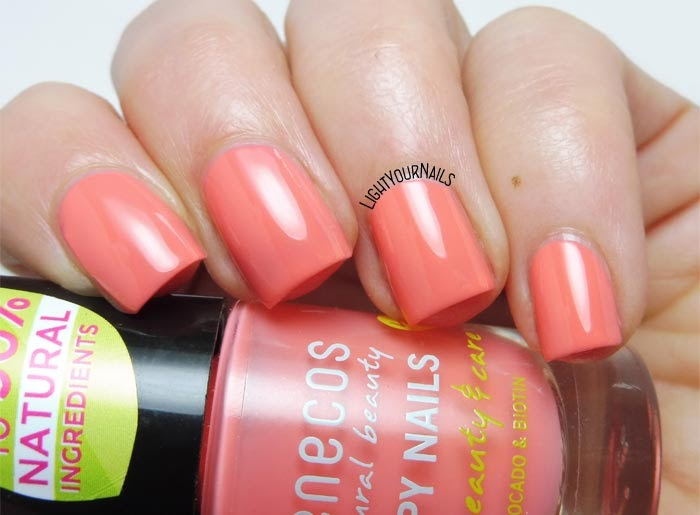 Smalto color pesca Benecos Peach Sorbet peach colored nail polish #nails #unghie #lightyournails #benecos