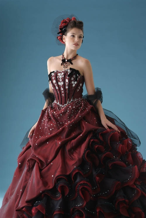 Devilinspired Gothic Victorian Dresses Bridal Gowns In